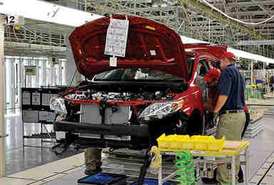 Toyota is increasing its annual engine assembly capacity of 4-cylinder engines by more than 100,000 at its plant in Georgetown, Kentucky.
