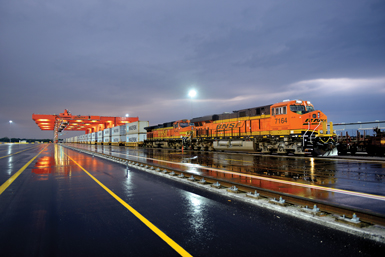 BNSF at Logistics Park KC