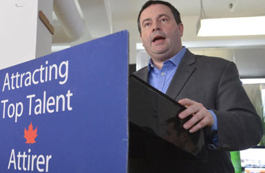 Citizenship, Immigration and Multiculturalism Minister Jason Kenney announces the launch of the new Start-Up Visa Program to recruit innovative immigrant entrepreneurs.