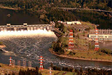 Bonneville Dam on the Columbia River 40 miles east of Portland, Oregon.